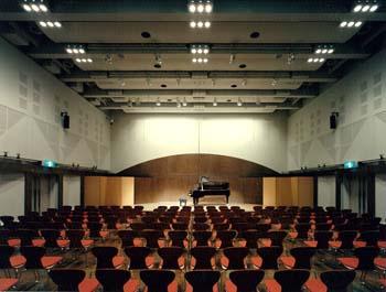 藤沢リラ5階ホール